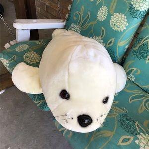 """Giant 32"""" Plush Seal. NWOT"""